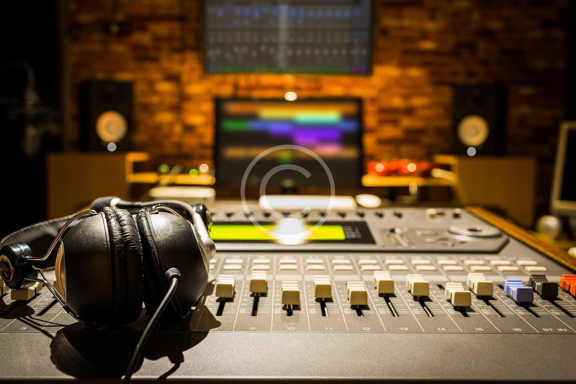 Learning New AKAI DJ Set